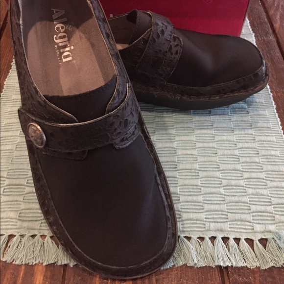 31ec7587e2 Alegria Shoes -   Final Markdown   Alegria Dena Shoes